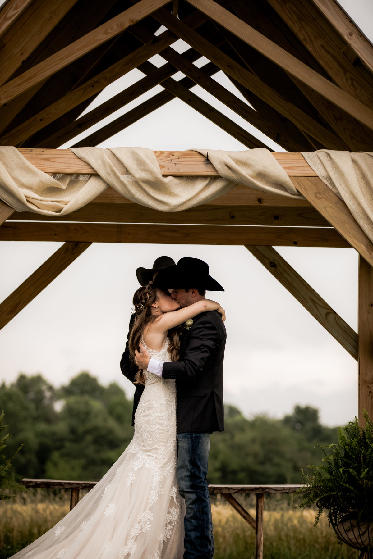 Nsshville Bride - Nashville Brides - The Hayloft Weddings - Tennessee Brides - Kentucky Brides - Southern Brides - Cowboys Wife - Cowboys Bride - Ranch Weddings - Cowboys and Belles110