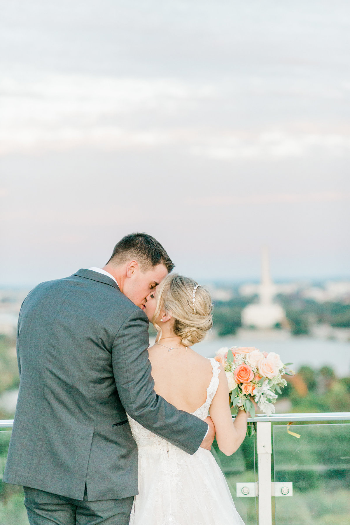 Top_of_the_Town_Wedding_Arlington_WashingtonDC_WeddingPhotographer_AngelikaJohnsPhotography-9074