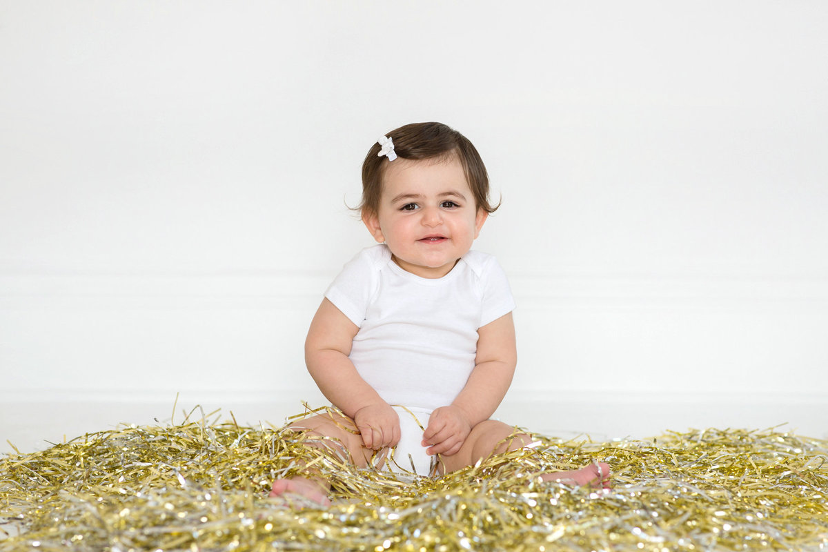 St-Louis-Studio-Child-Photographer-Cake-Smash-1-year-old-Sheth_42