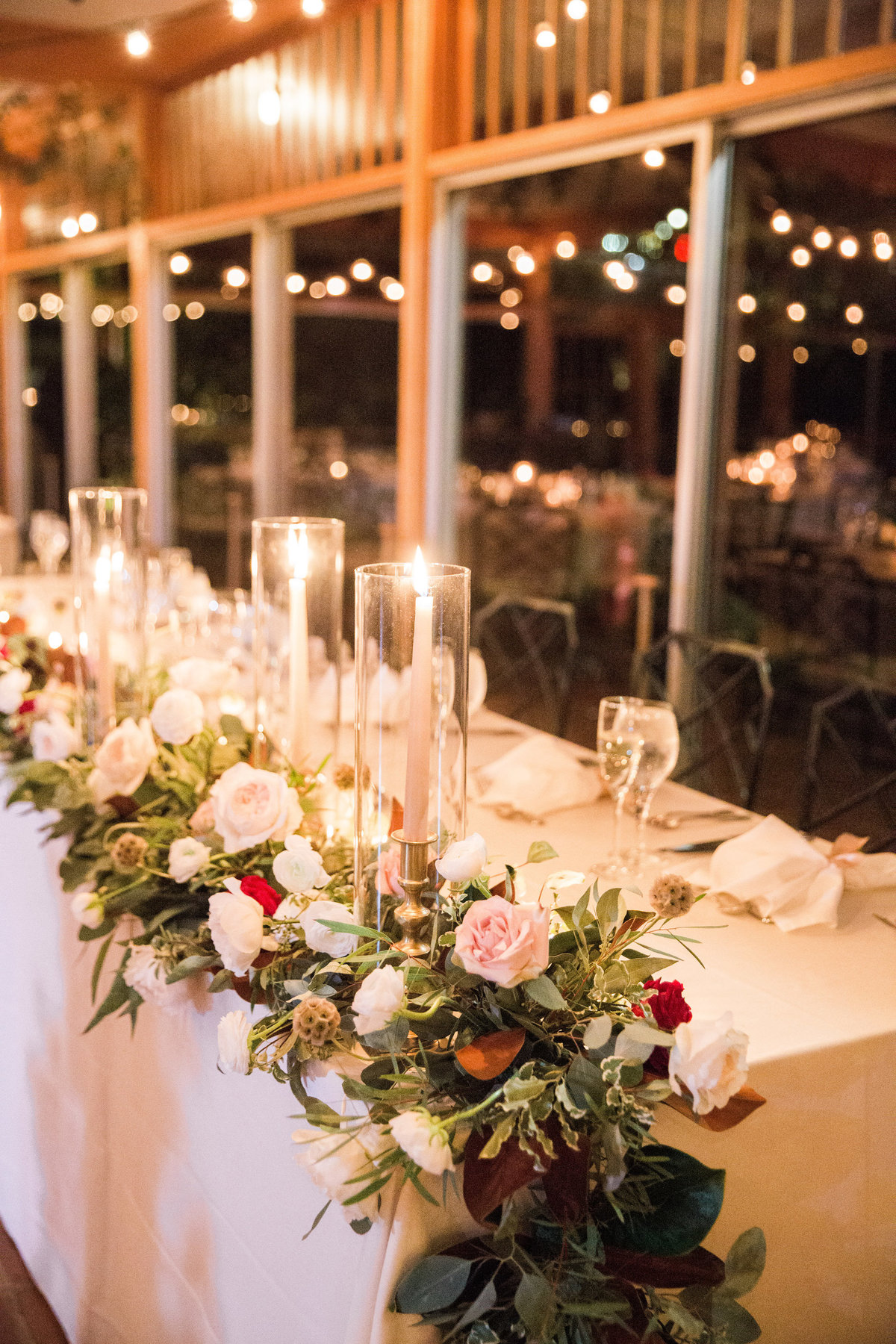 Winterthur wedding florist headtable garland
