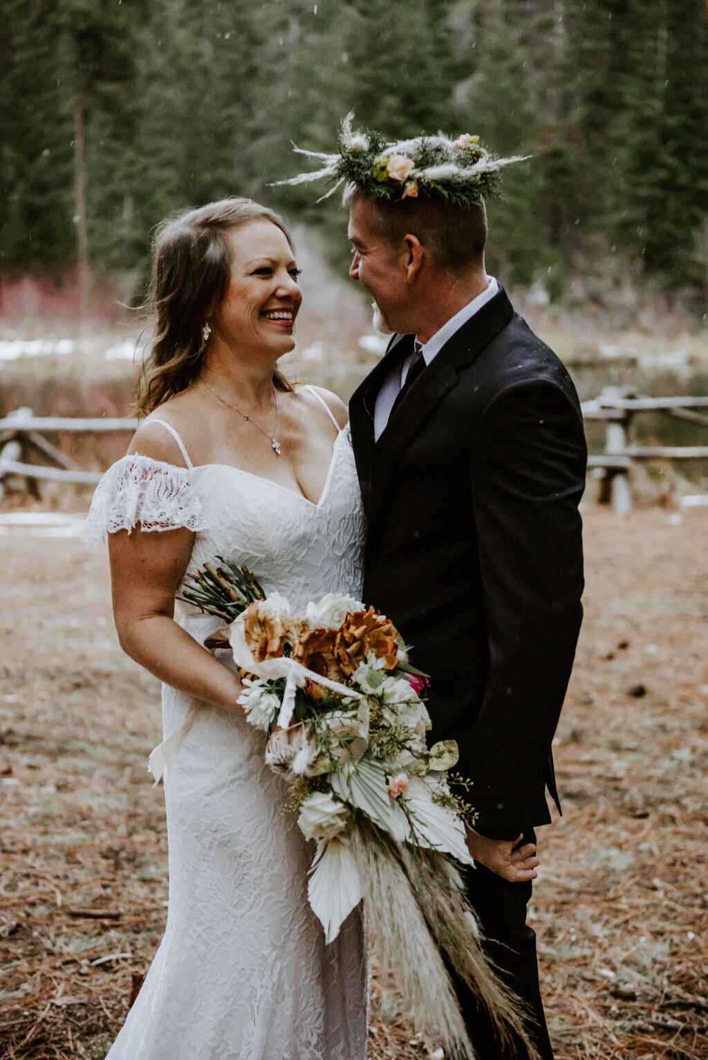 suttle-lake-sisters-oregon-lodge-woods-vow-renewal-photographer-wedding-elopement-3120
