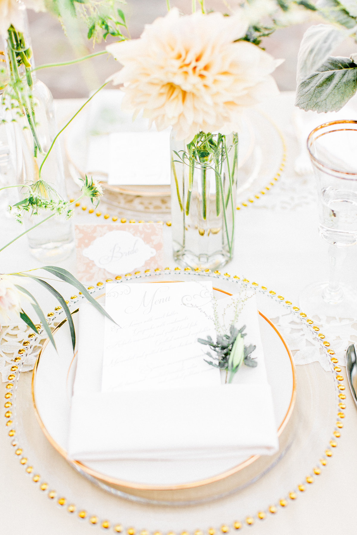 Peach Gold Table Setting
