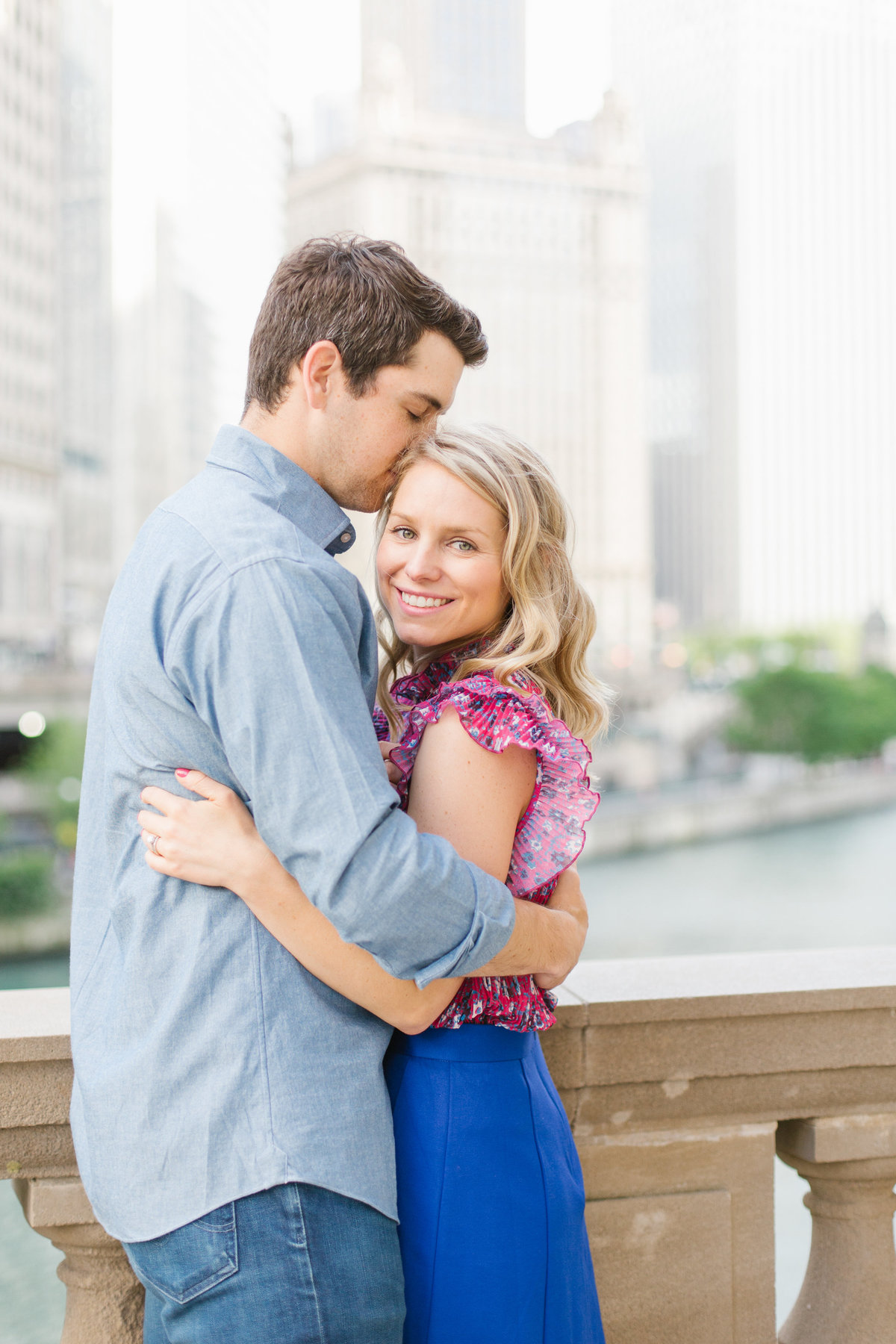 chicago-engagement-photography-wrigley-building-23