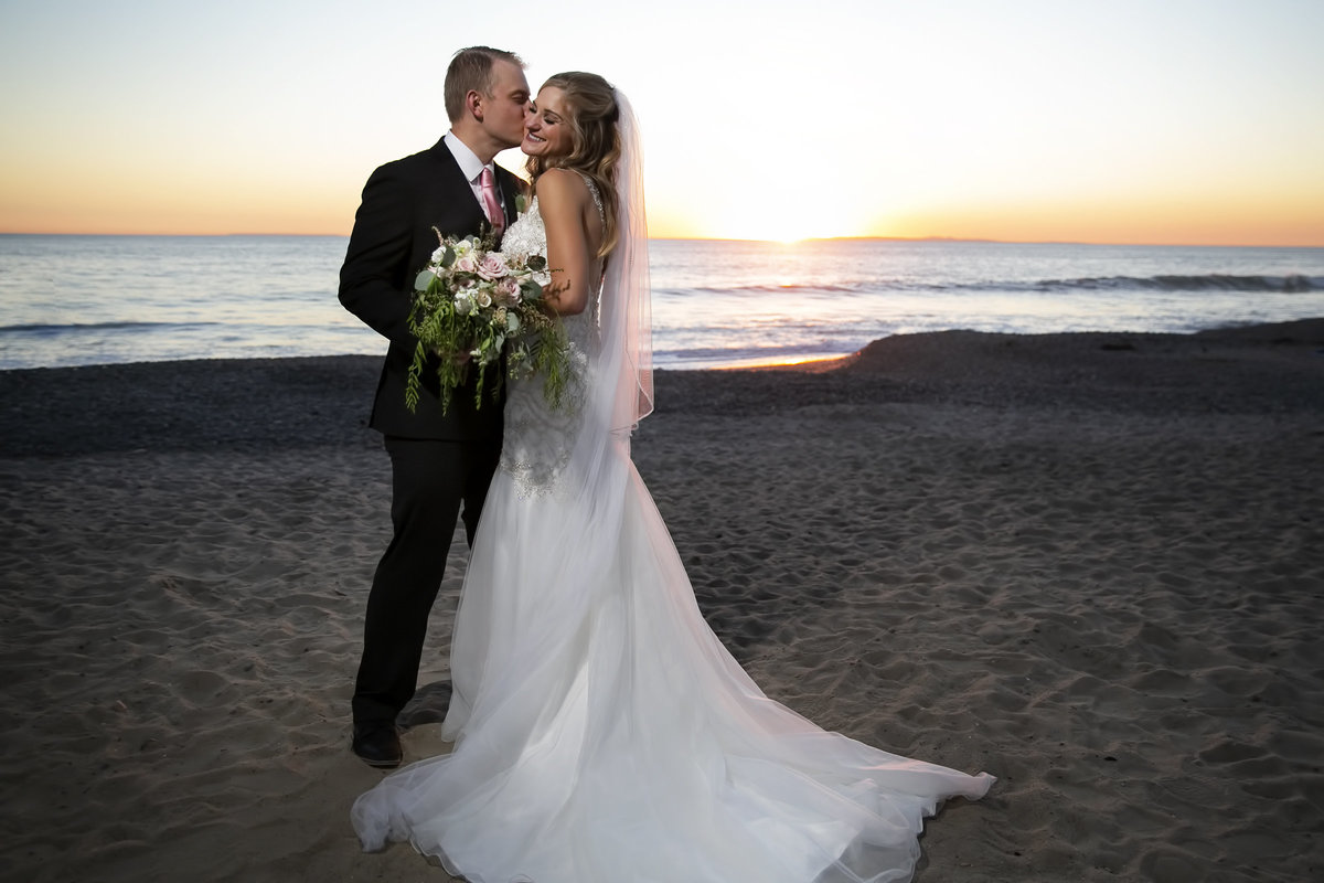 145-casino-san-clemente-wedding-photos-anna-eric