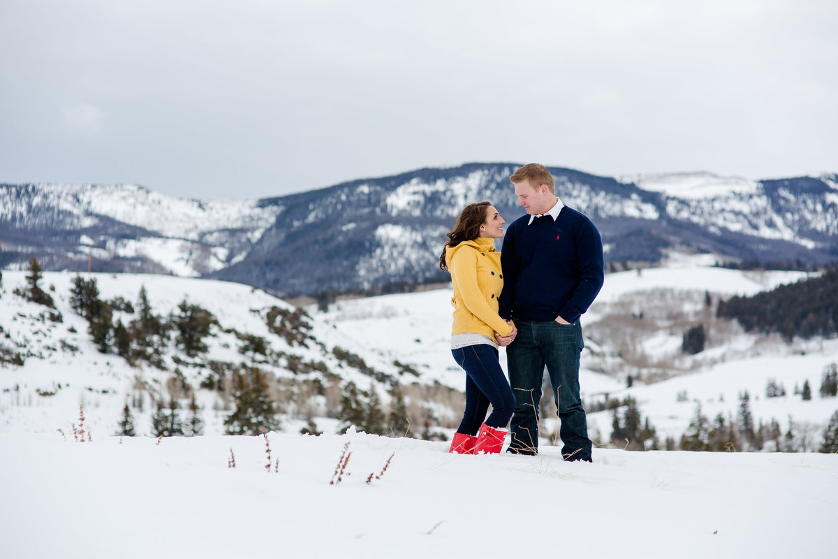 wintry engagement photos lake dillon