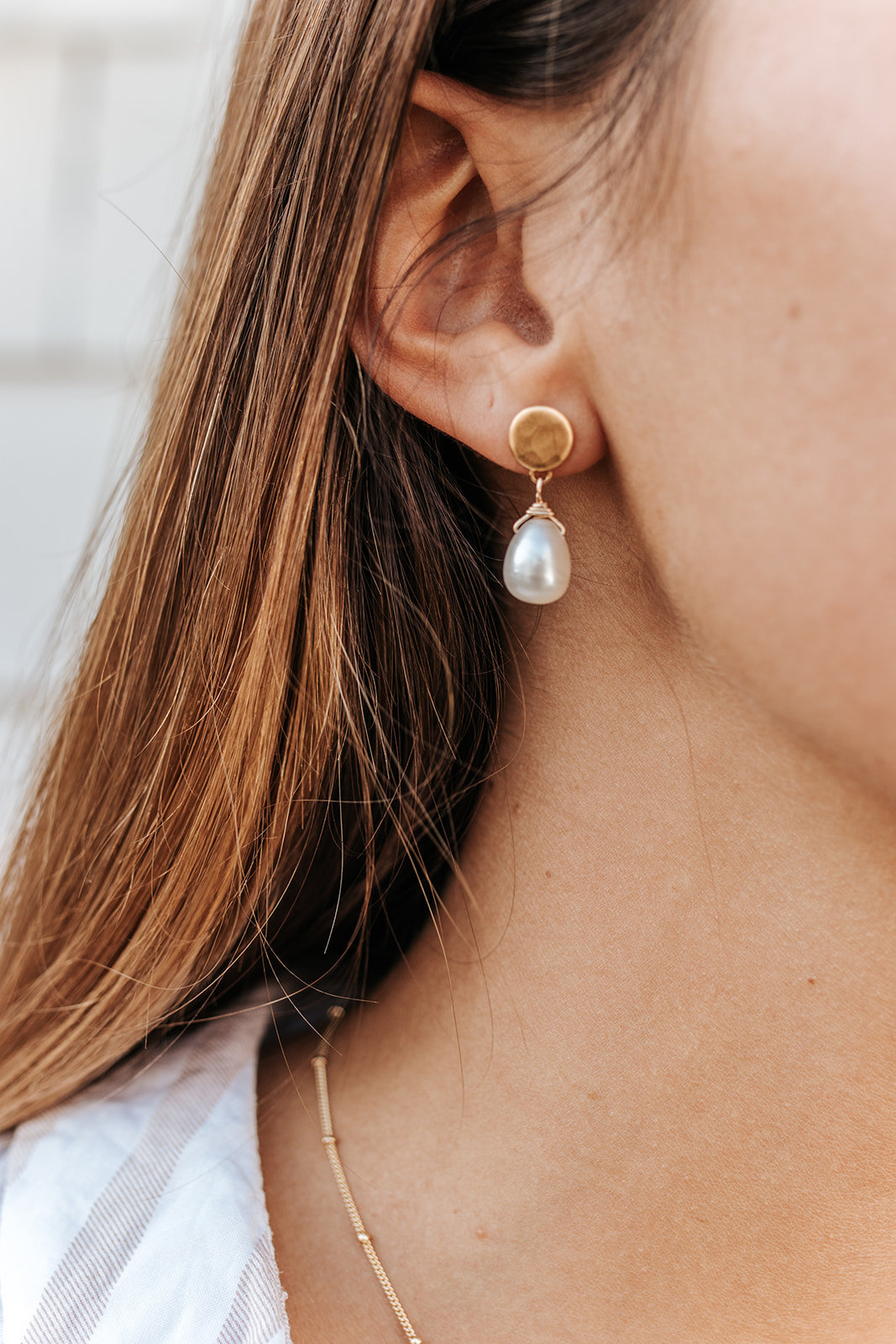 gold minimal pearl earrings