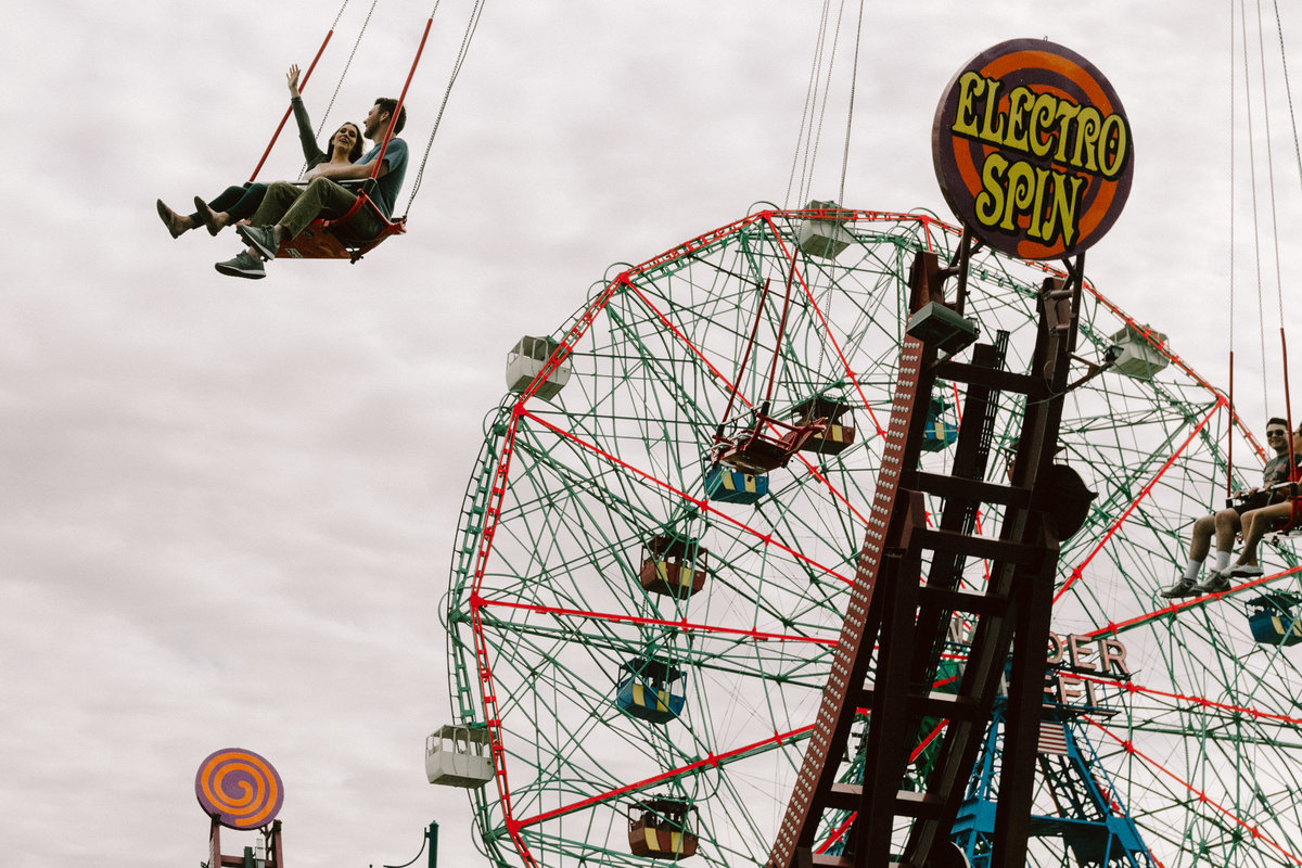 coney-island-engagement-session-7752