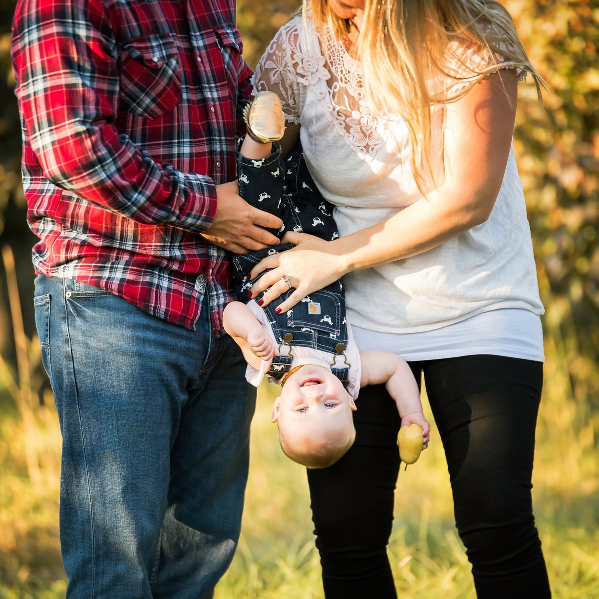First birthday photoshoot with baby and parents