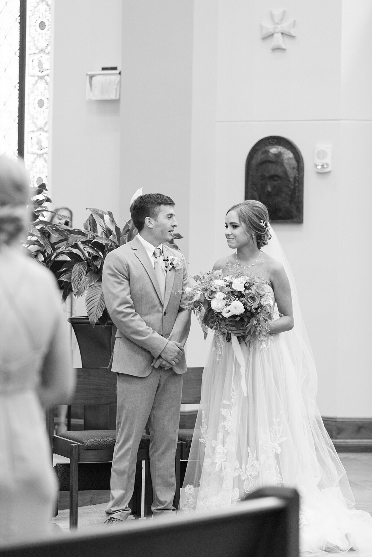 Kara Webster Photography | Meredith & Tyler | University Of Dayton Marriott Wedding Photographer_0034