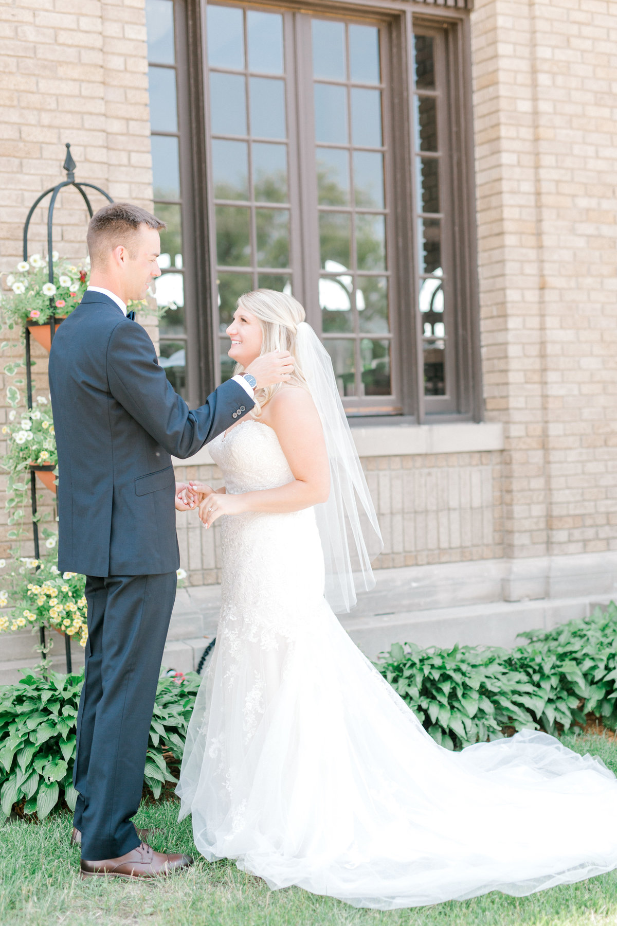 la poste perry iowa wedding photographer danielle+daniel-4731