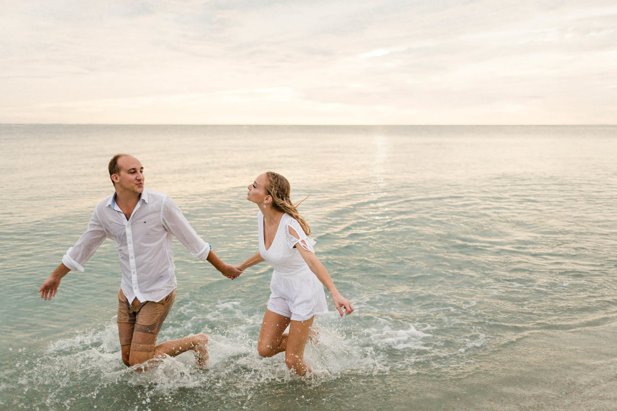 ashley-kevin-naples-engagement-1070