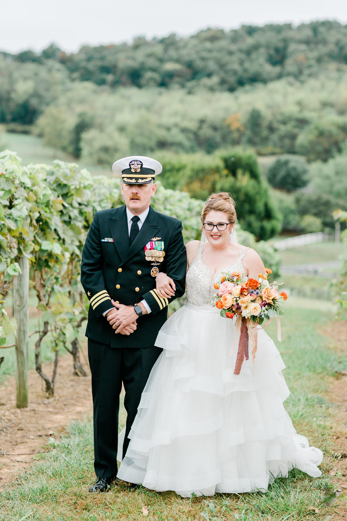 Bluestone_Vineyard_Fall_Wedding_Virginia_DC_Photographer_Angelika_Johns_Photography-6327
