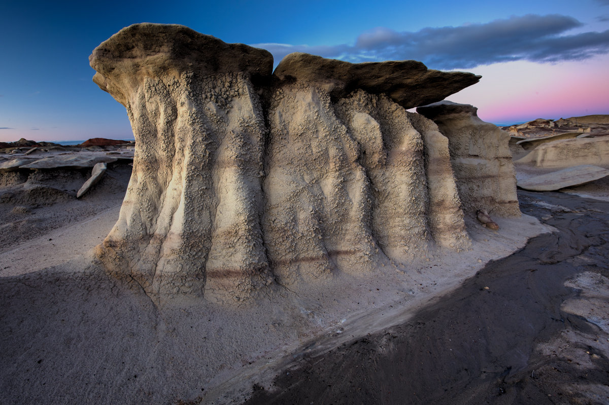 Bisti_Wings_Land03