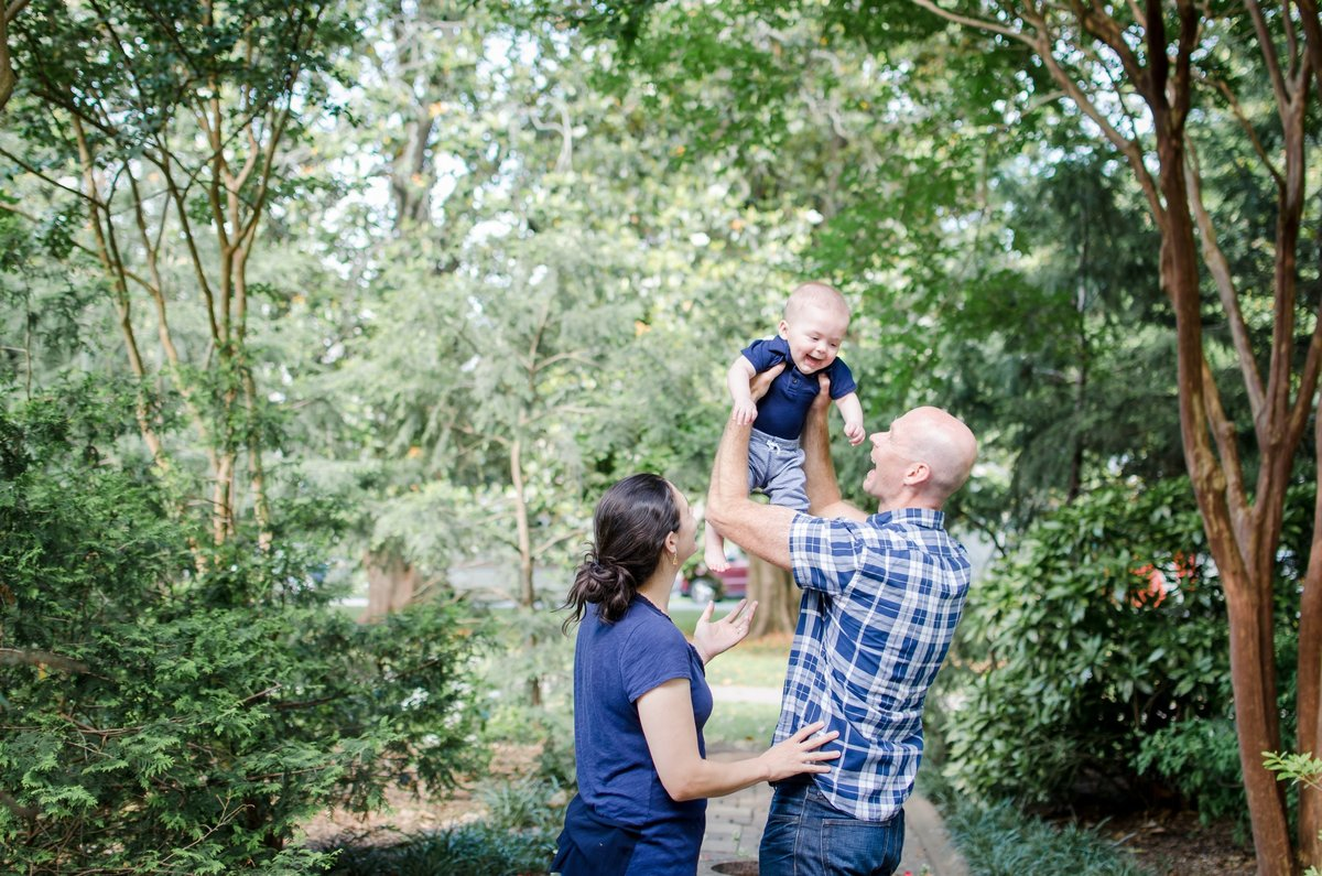 Nashville-Lifestyle-Family-Photographer-Centennial-Park-6-Month-Session+1