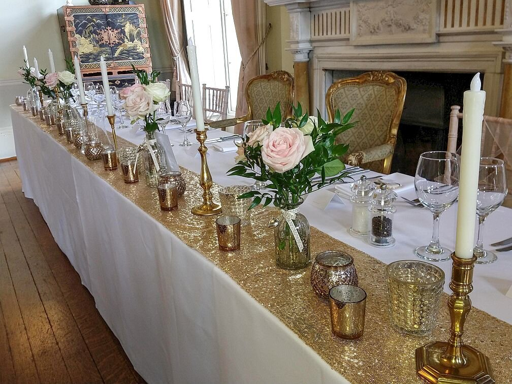 Blush and gold candelabra wedding (10)