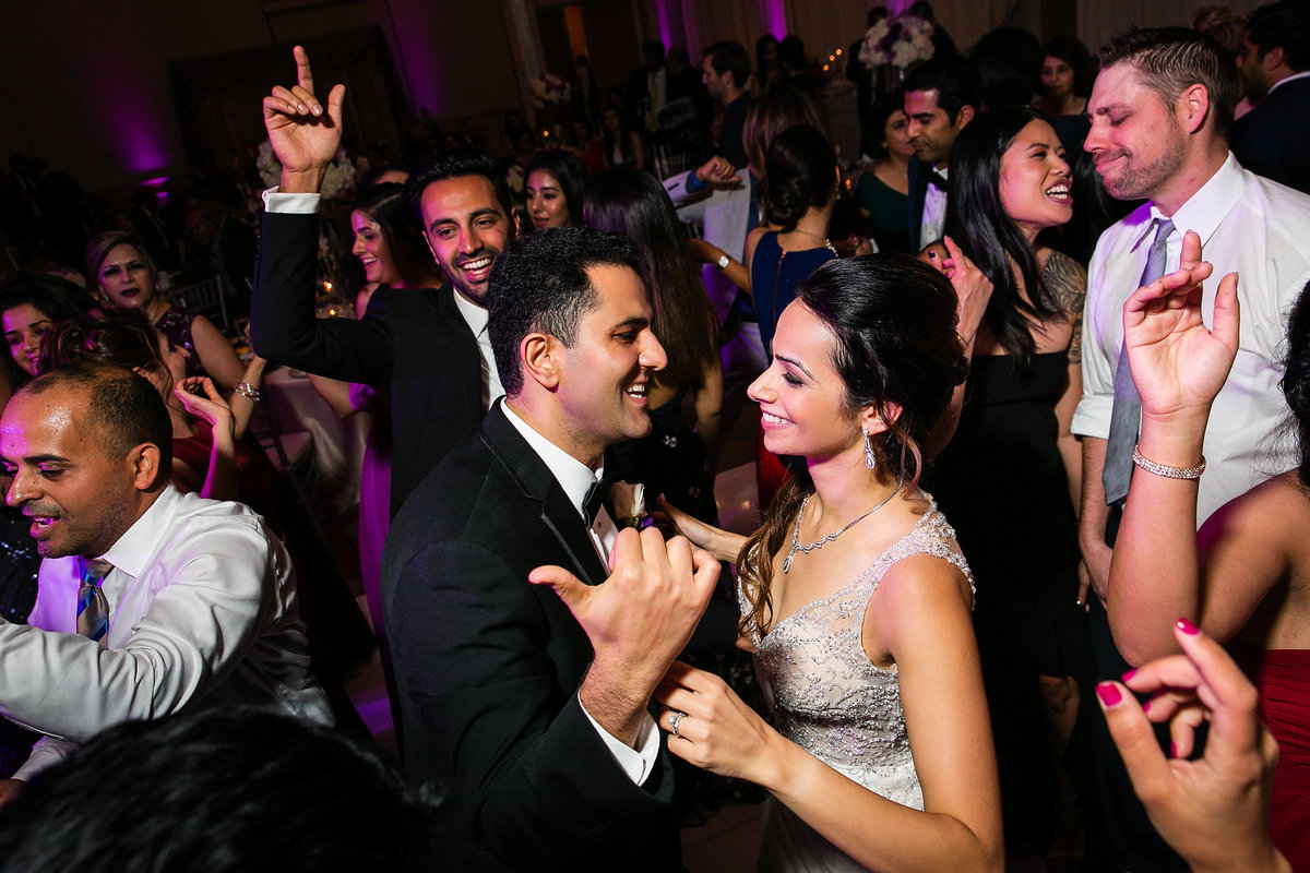138-hotel-irvine-wedding-photos-sugandha-farzan
