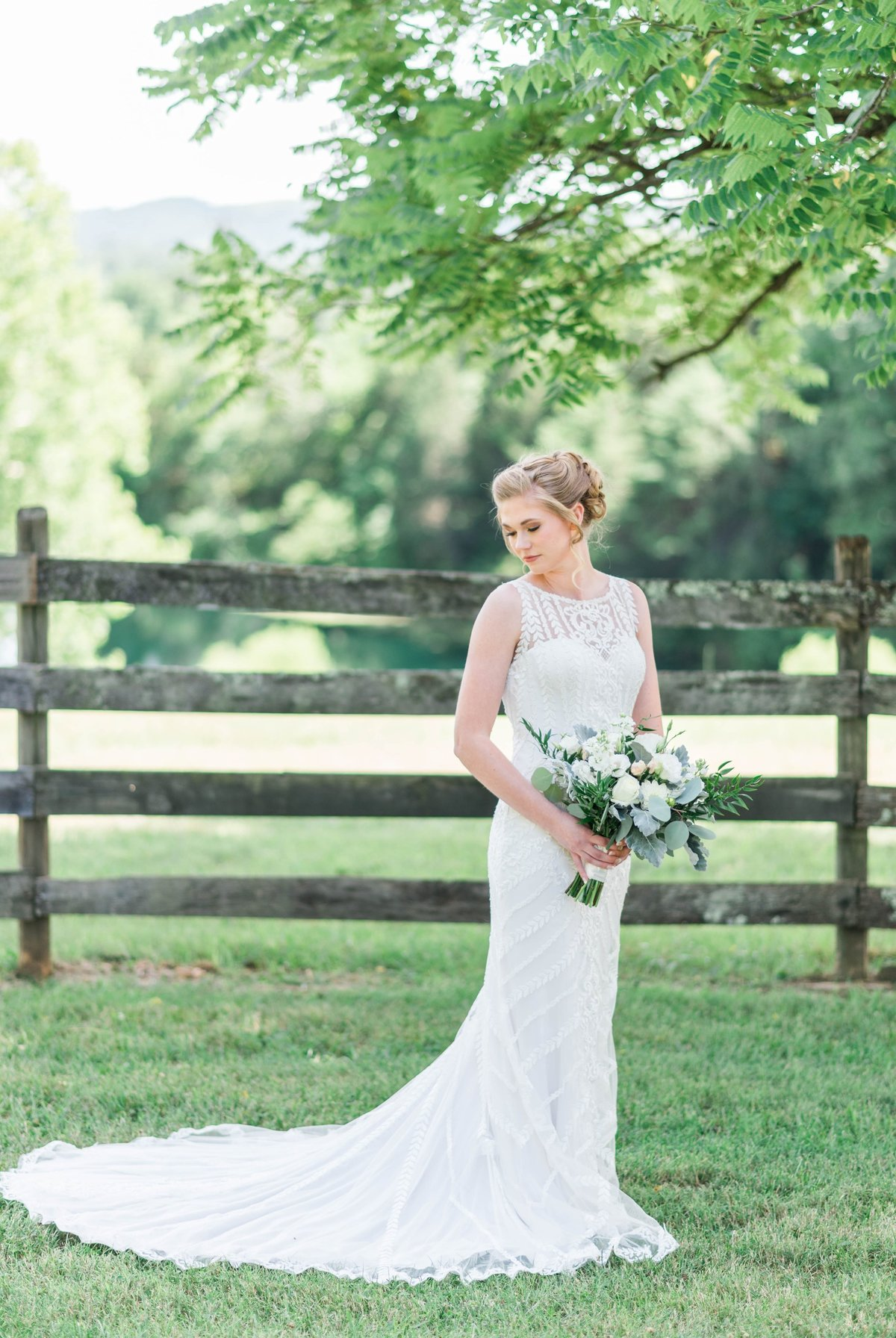 SorellaFarms_VirginiaWeddingPhotographer_BarnWedding_Lynchburgweddingphotographer_DanielleTyler+39