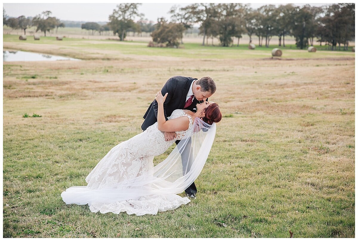 Houston Wedding Planner for Glam Boho Inspired Wedding- Bride and Groom Photos at Emery's Buffalo Creek- J Richter Events_0001