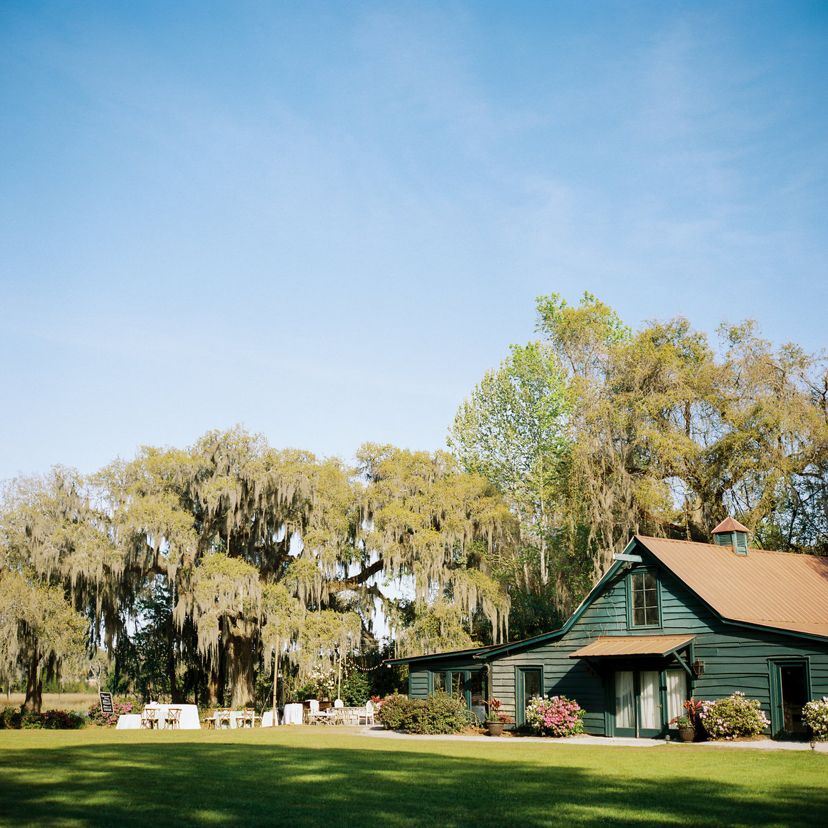 charleston-wedding-venues-magnolia-plantation-philip-casey-photography-041
