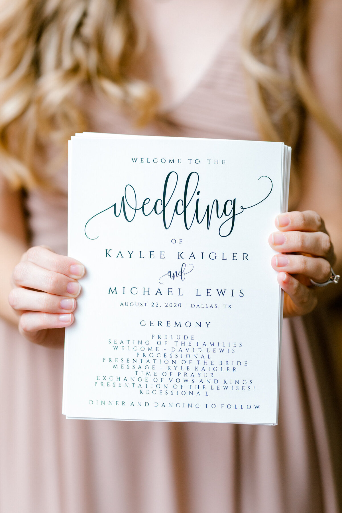Kaylee & Michael's Wedding at Watermark Community Church | Dallas Wedding Photographer | Sami Kathryn Photography-94