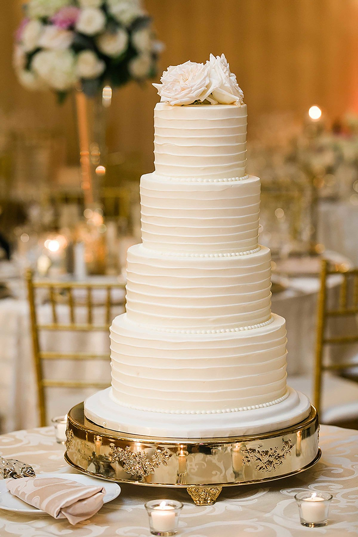 intercontinental-wedding-cake