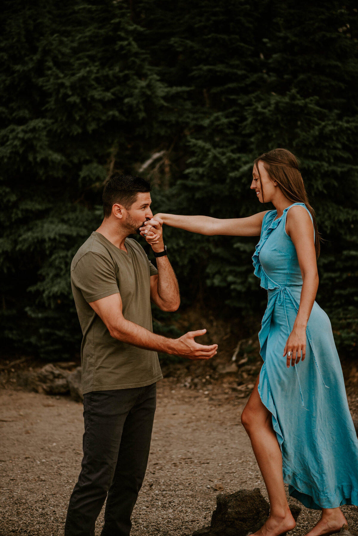 sparks-lake-oregon-couple-photographer-elopement-bend-lakes-bachelor-sisters-sunset-6335