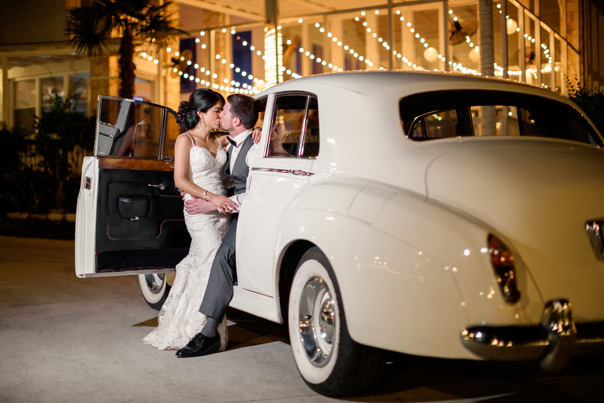 Austin wedding photographer casa blanca on brushy creek bride groom classic car