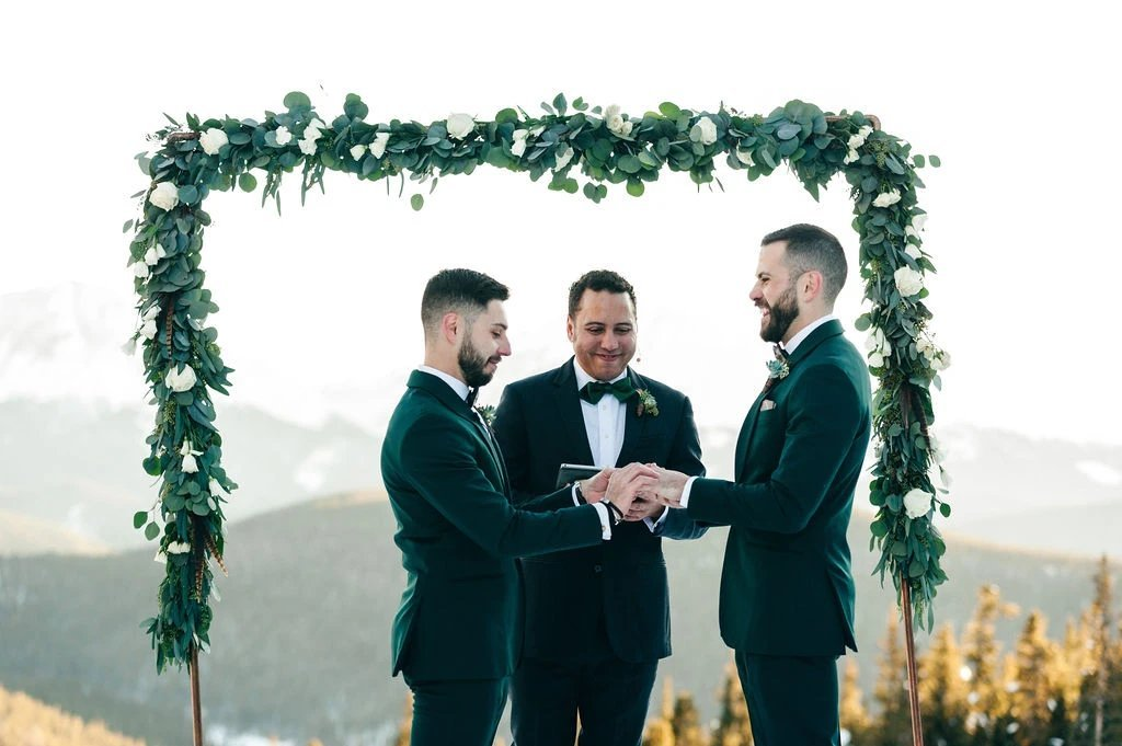 Enorm-Gallery37227-weddingphotography-colorado-mountain-snow-gaywedding-lgbqt-skiing-highlights-113_1024x1024