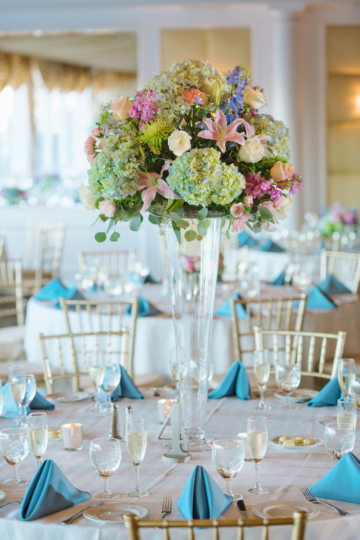 Wedding centerpieces at Bridgeview Yacht Club