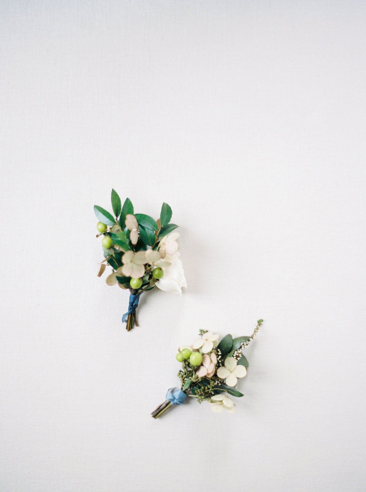unique wedding boutonnieres for black tie wedding