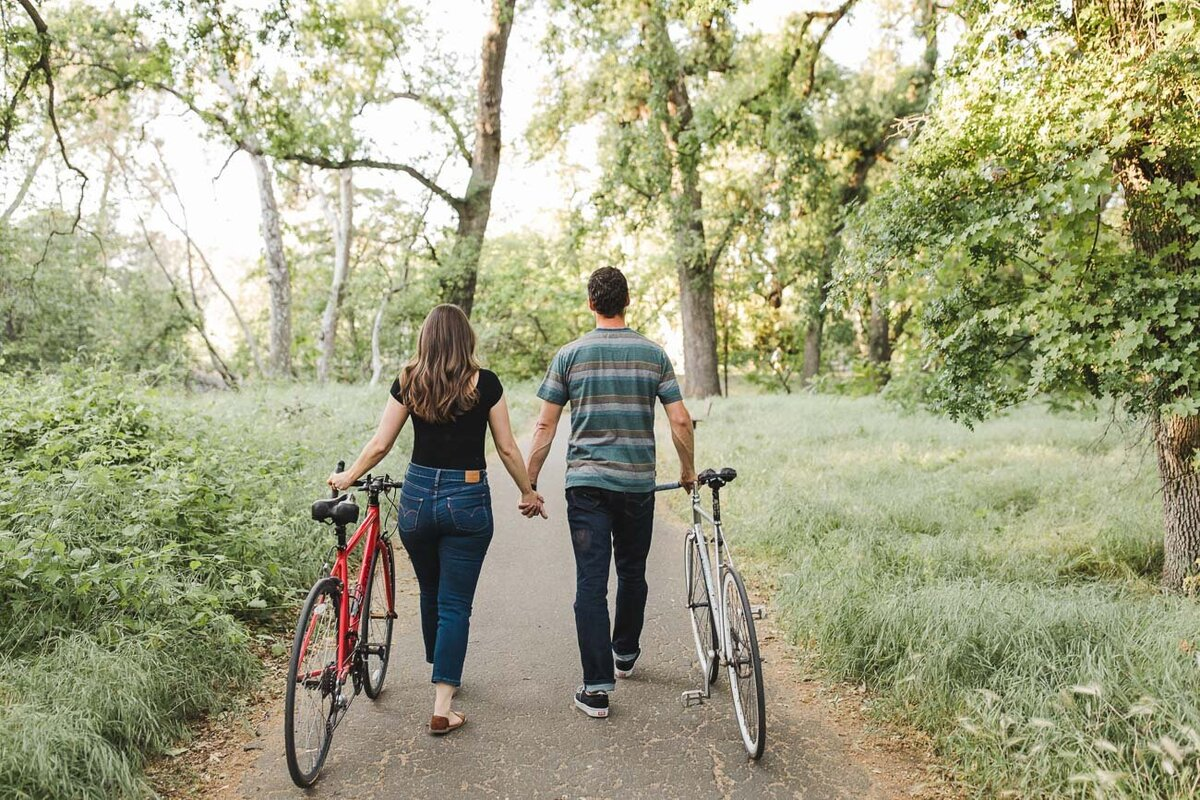 AVH_Photography_engagement_session_bidwell_park_california__V1_8034