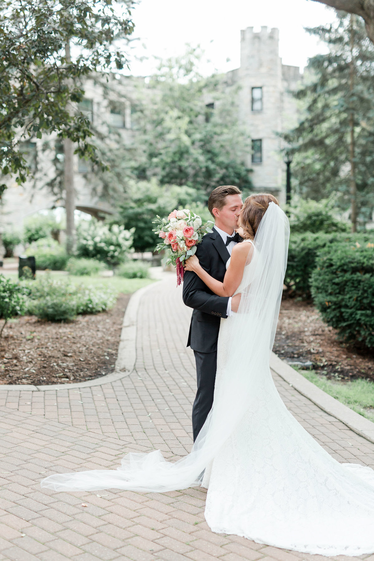 Maison Meredith Photography Wisconsin Wedding Photographer 140