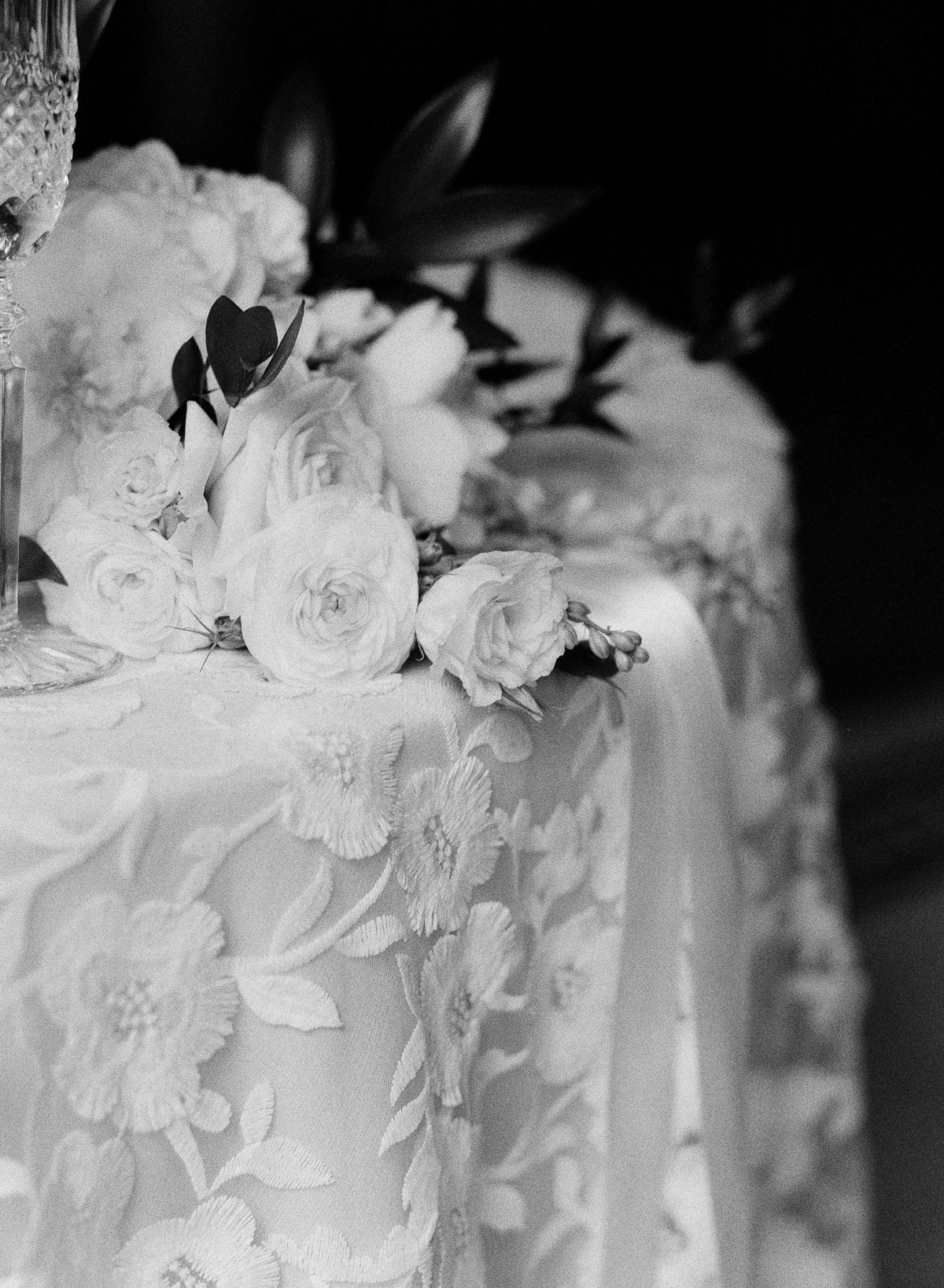 Floral Texture Cake Table at the Georgian Hall Wedding