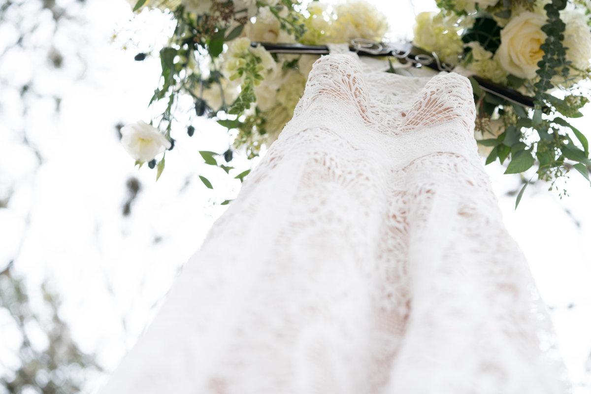 austin wedding photographer dress in tree