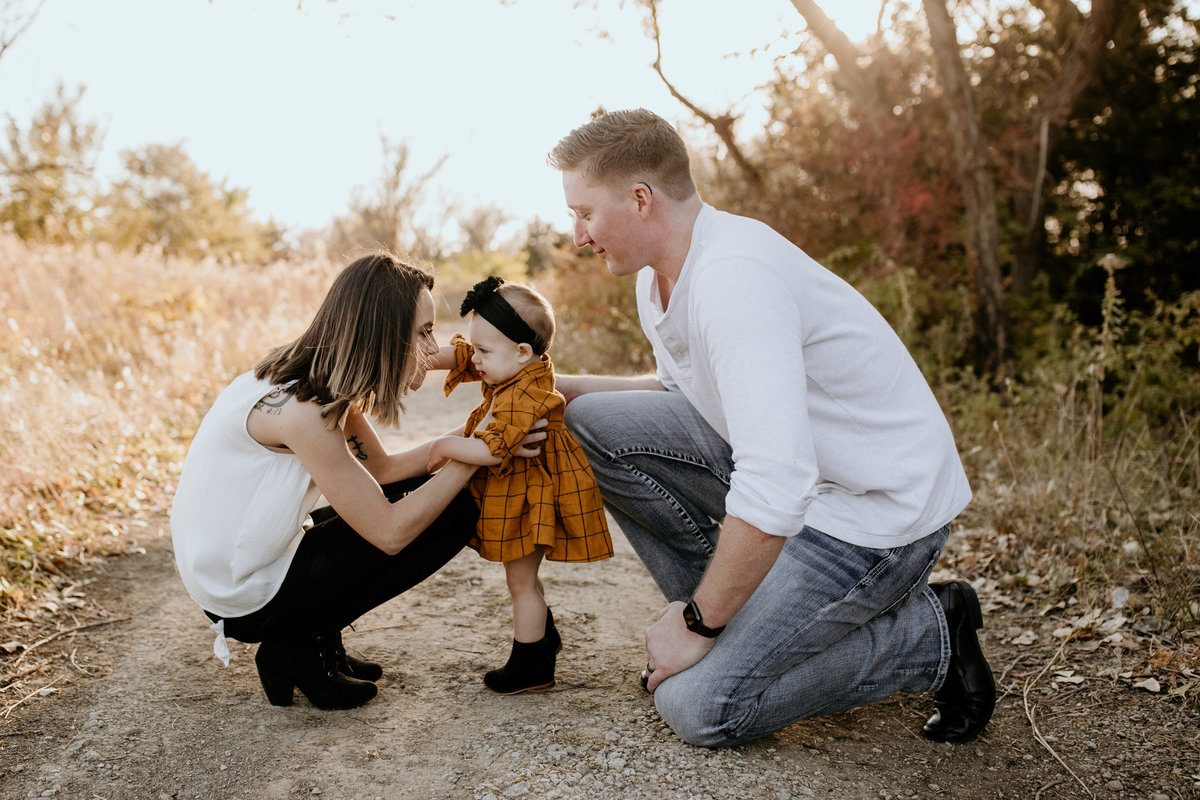 Brenna Walker Family Session Fall 2019 - Wichita Photographer - Andrea Corwin Photography (26 of 100)