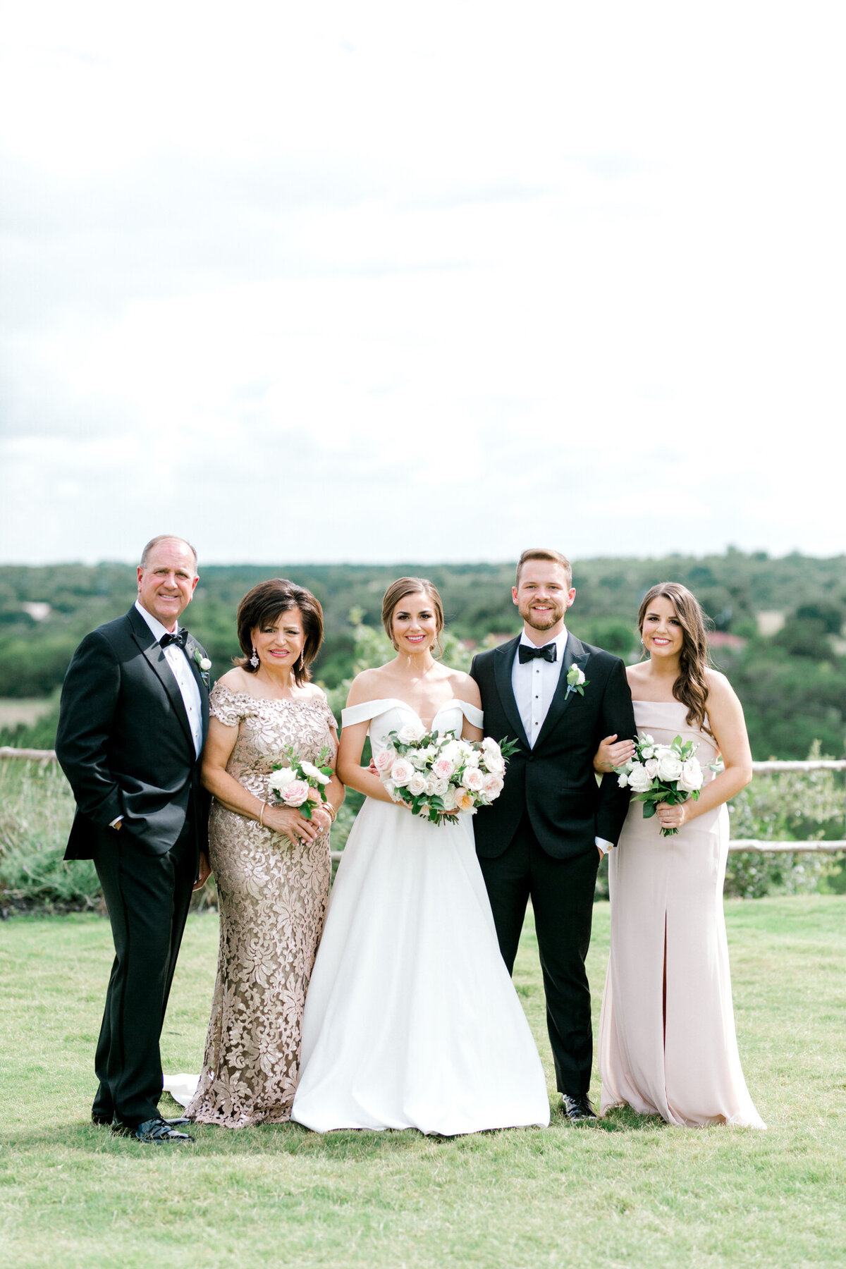 Lexi Broughton & Garrett Greer Wedding at Dove Ridge Vineyards | Sami Kathryn Photography | Dallas Wedding Photography-141