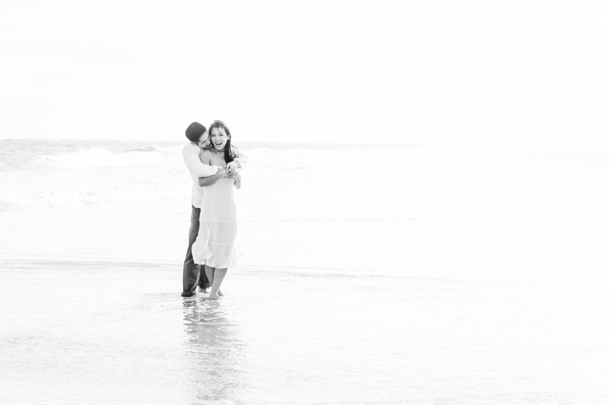 662 TWAH-DOUGHERTY-BEACH-ENGAGEMENT-SESSION