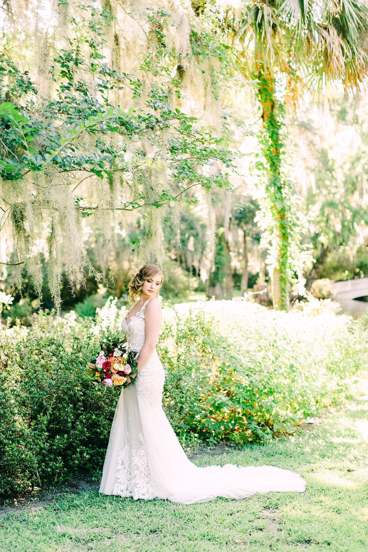 Bridal portrait in magnolia plantation and gardens in charleston sc