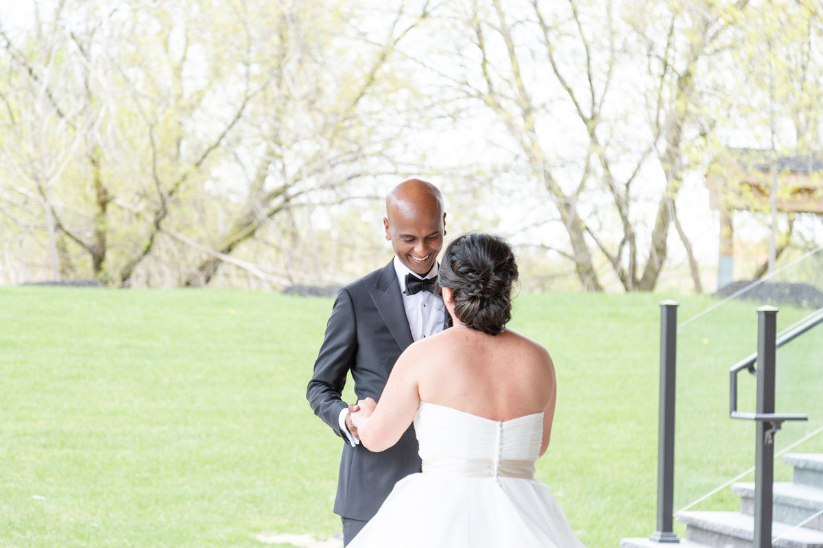 arlington-estae-Vicky-and-Emmanuel-Wedding-First-Look-Chris-and-Micaela-Photography-45