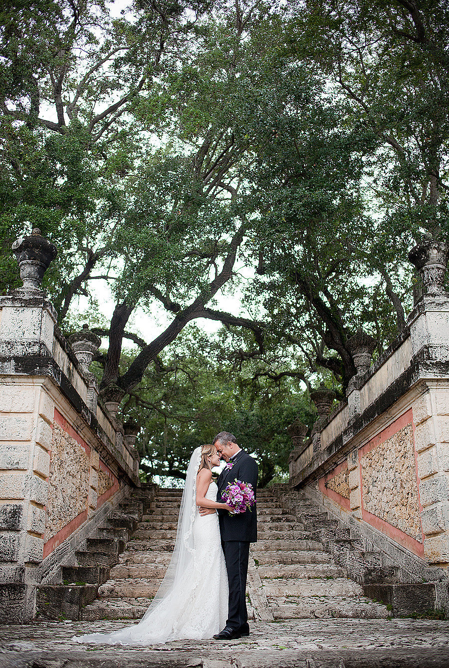 vizcaya bride and groom