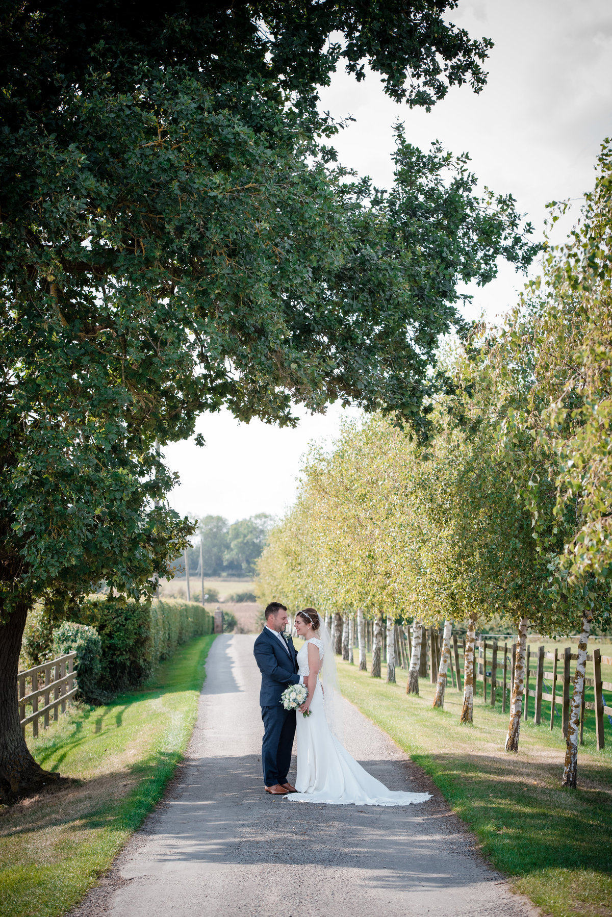 Stratton Court Barn wedding photography oxfordshire