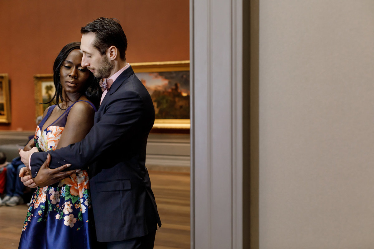 National_Portrait_Gallery_Washington_Engagement_Session_Amy_Anaiz_011
