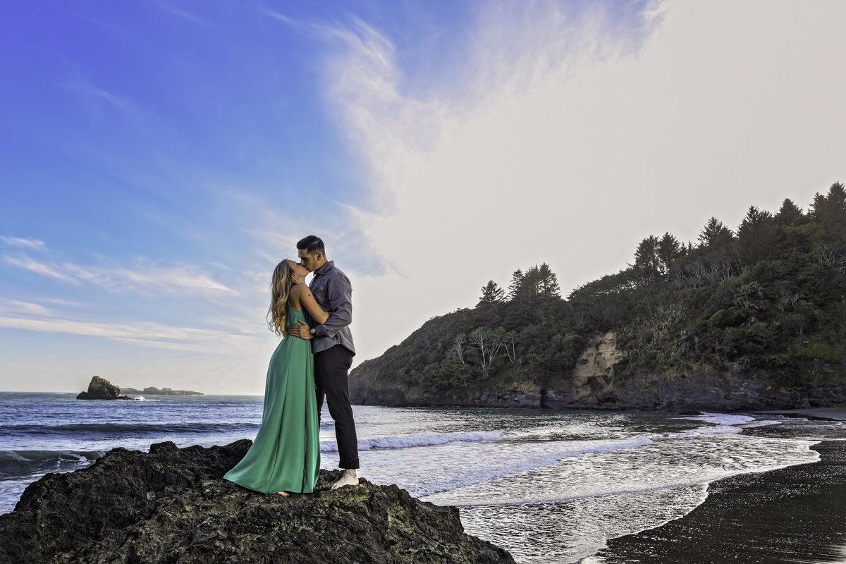 Redway-California-engagement-photographer-Parky's-Pics-Photography-Humboldt-County-College Cove Beach-Trinidad-California-beach-engagement-6.jpg