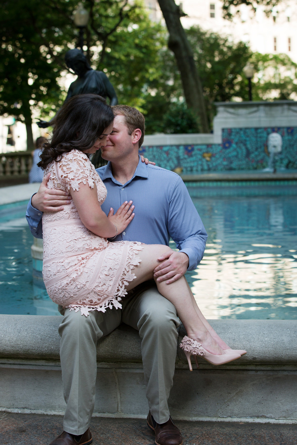 Rittenhouse-Square-Engagement-Mariya-Stecklair-Photography-96