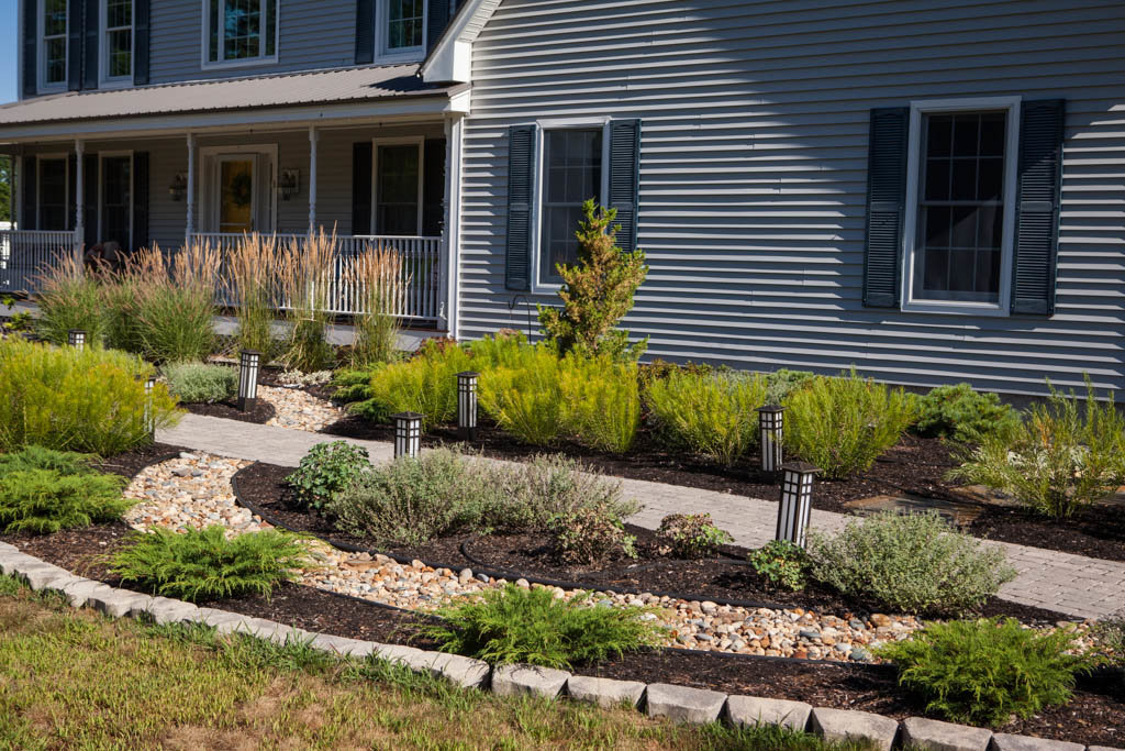 RFLD- Dry stream front walkway 6