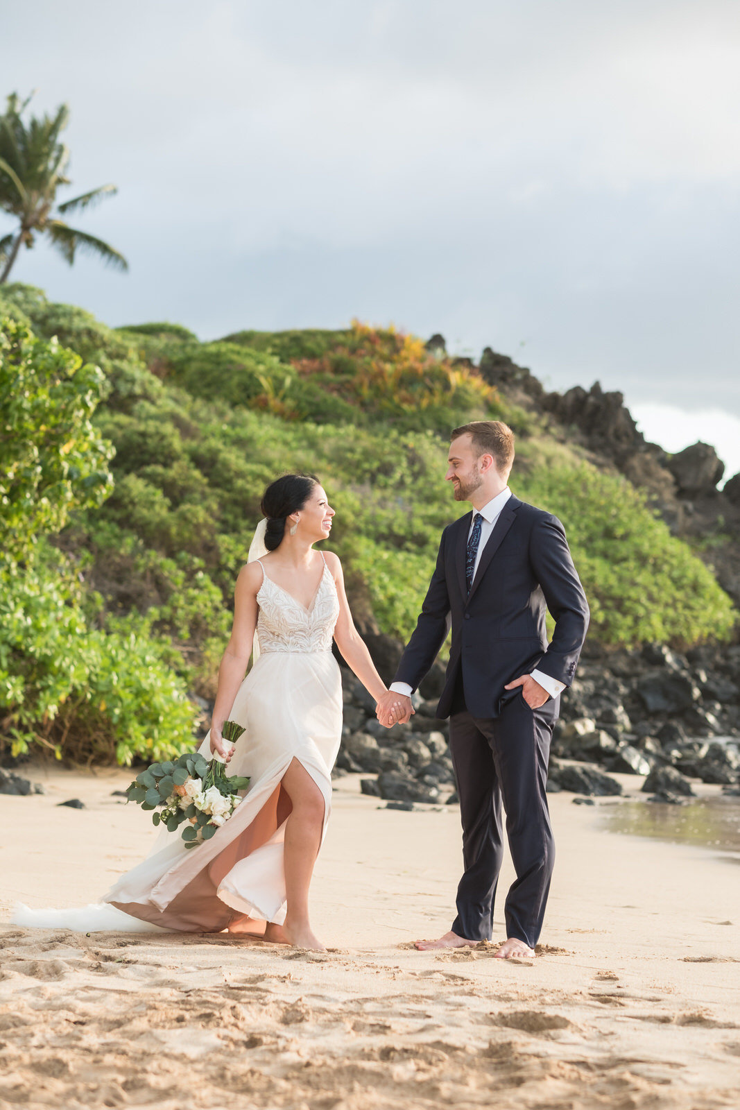 wedding photographers maui
