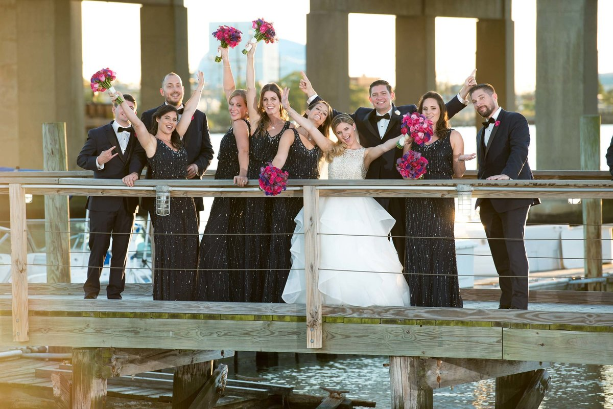 Bridal party photos at Bridgeview Yacht Club