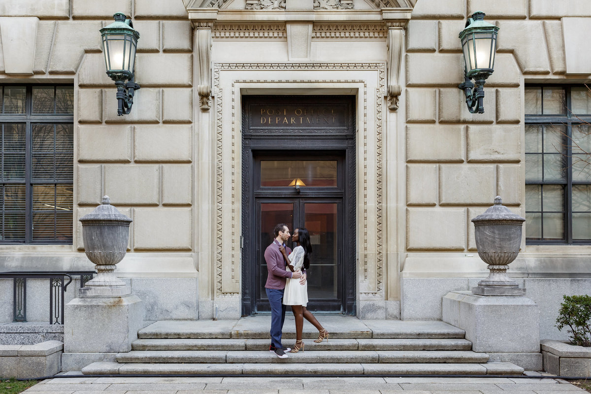 National_Portrait_Gallery_Washington_Engagement_Session_Amy_Anaiz_014