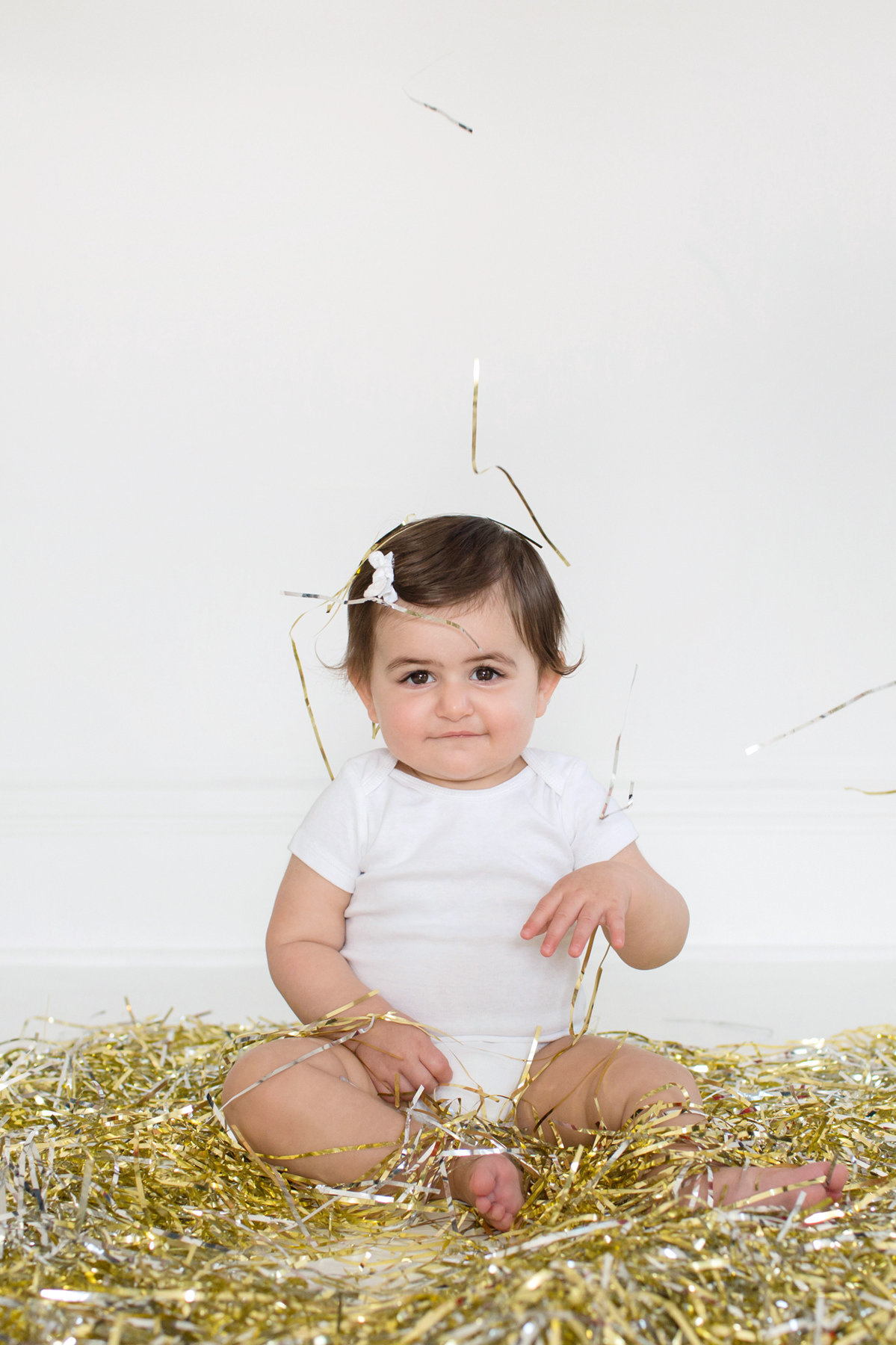 St-Louis-Studio-Child-Photographer-Cake-Smash-1-year-old-Sheth_43