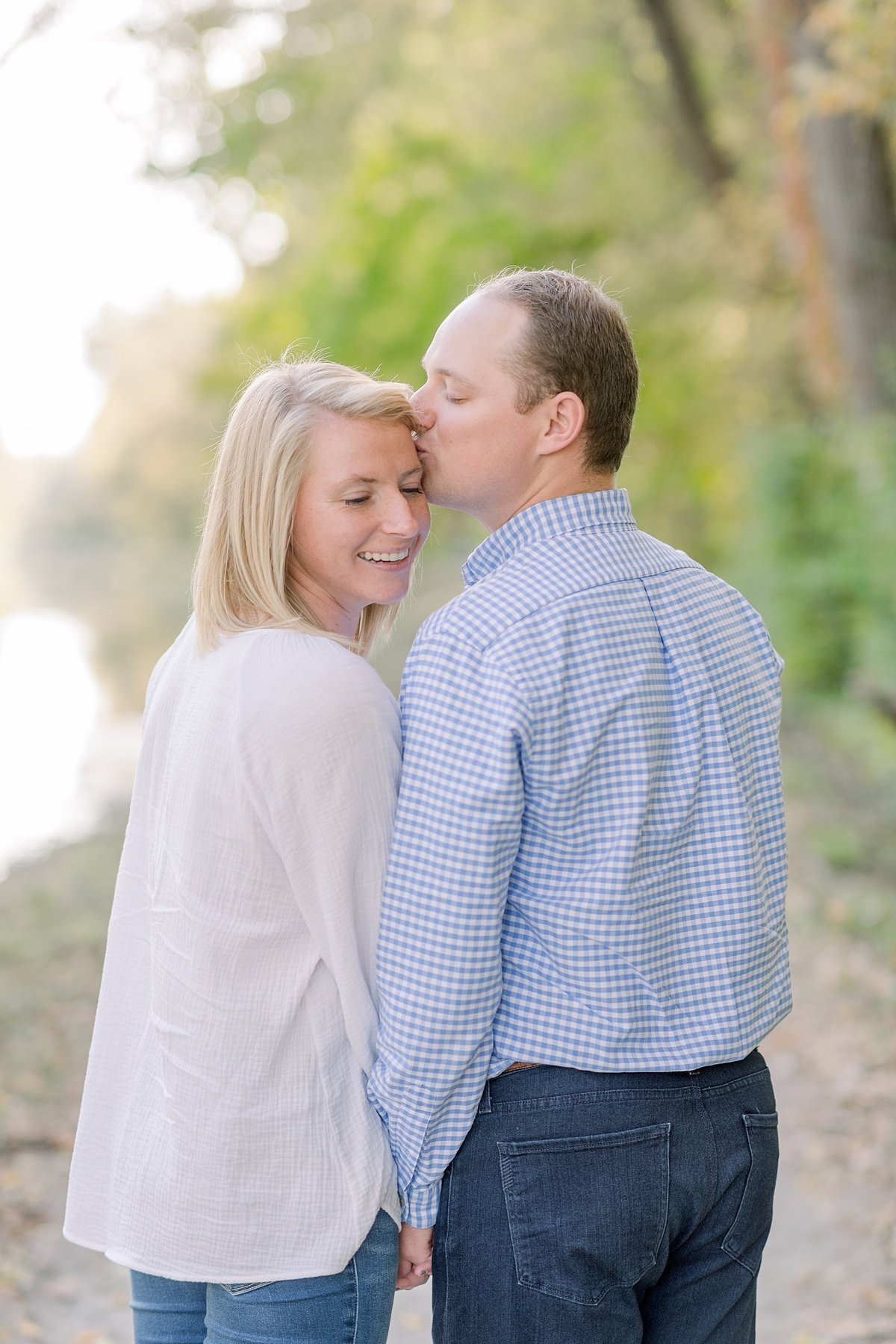 Holcomb Gardens Engagement Session Indianapolis, Indiana Wedding Photographer Alison Mae Photography_3180